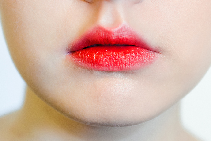 эффект зацелованных губ